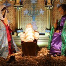 Messe et vêpres pontificales de Noël en images