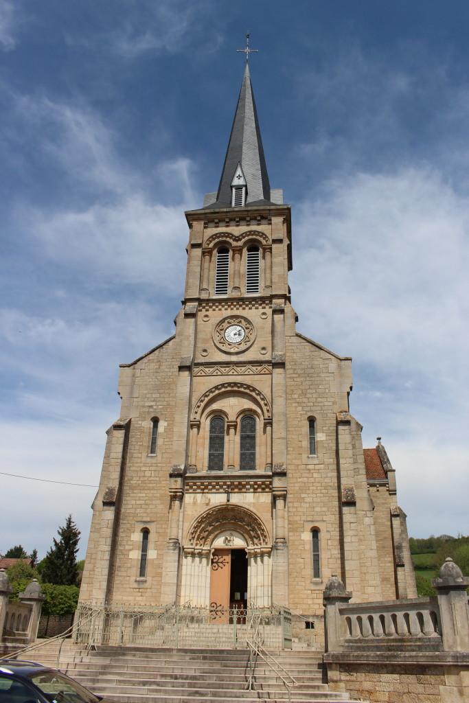 Pouilly-en-Auxois église