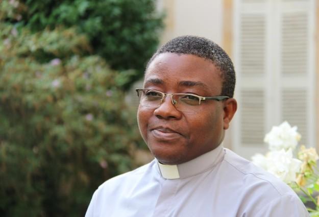 Père Aubain AYITE(2)