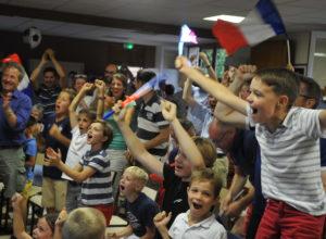 Des paroissiens de Saint-Bernard rassemblés pour la finale de la Coupe du monde !