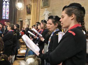 La messe de district des guides et scouts d'Europe a été célébrée à Saint-Bénigne
